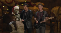 Jeff Dunham and Achmed Sing Jingle Bombs